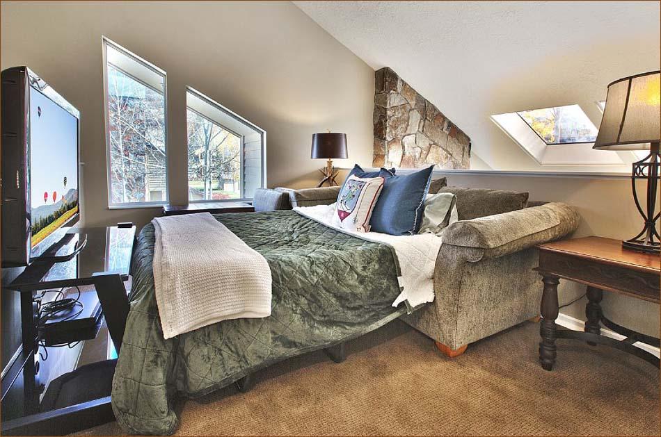 Lower Deer Valley 3 Bedroom 4 Ba Chalet Sleeps 8 10 435