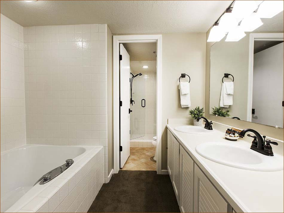 Ensuite Bathroom Regina lower deer valley 3 bedroom 4 ba chalet sleeps 8-10 (435) 901-8026