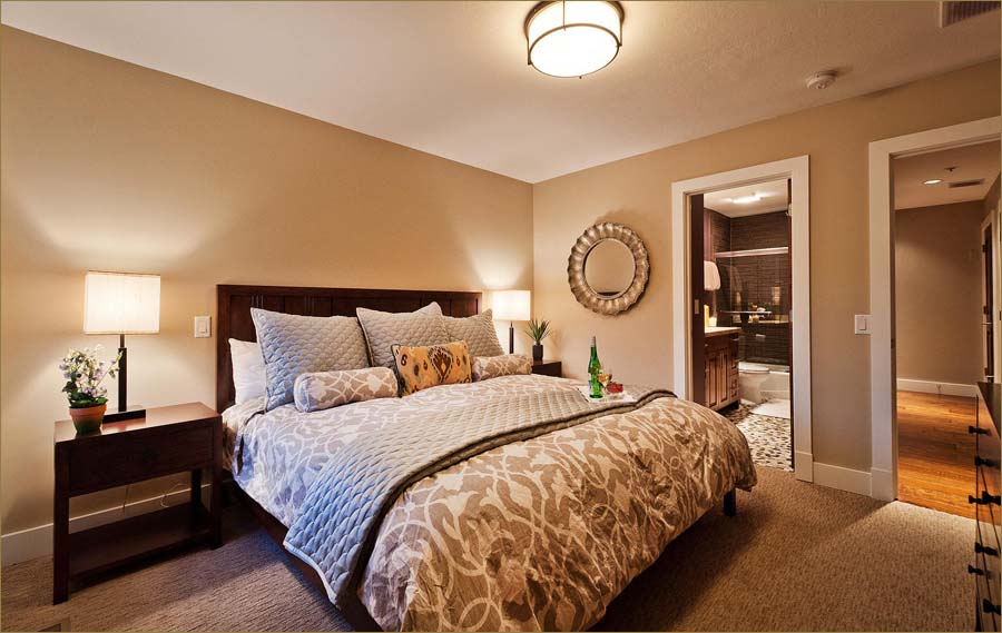 Affordable Luxury Lower Deer Valley Bedroom Condo Sleeps - Bedroom attached bathroom design