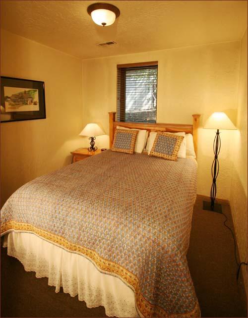 Queen Bedroom Suite: Luxury Park City 3 Bedroom Ski Condo Private Hot Tub