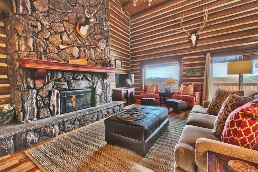 Luxury park city 3 bedroom ski condo private hot tub for Ski designhotel